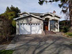 Woodside Plaza Luxury Home Rental